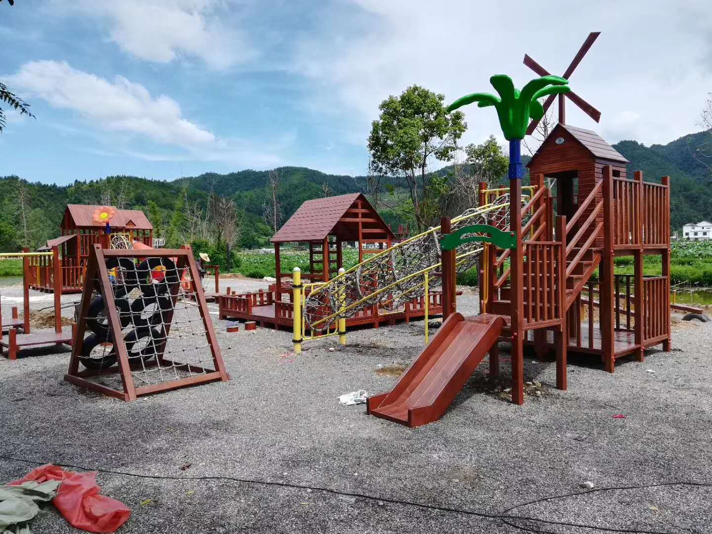 We make the world more fun with our outdoor playground
