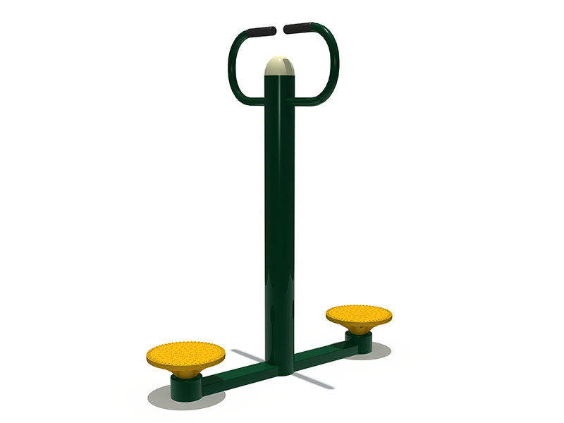 Multifunction outdoor fitness station