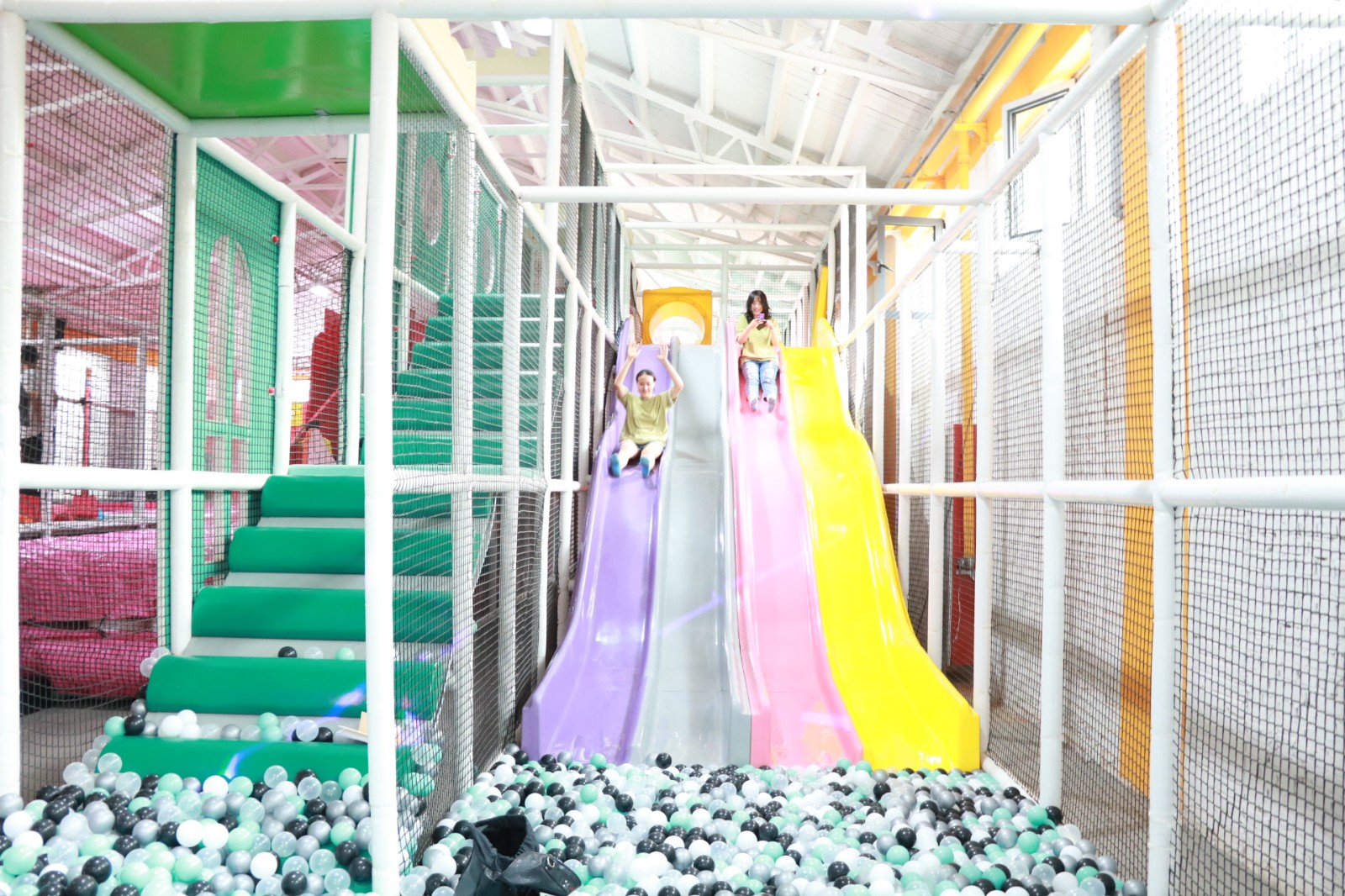 dream garden plastic indoor playground manufacturer