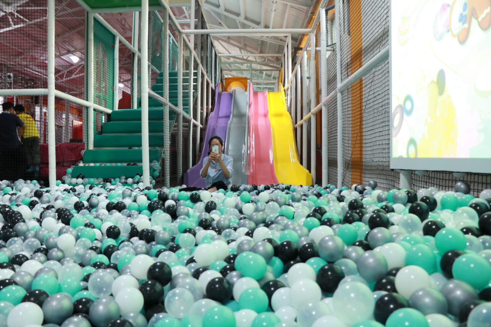 dream garden indoor playground international manufacturer