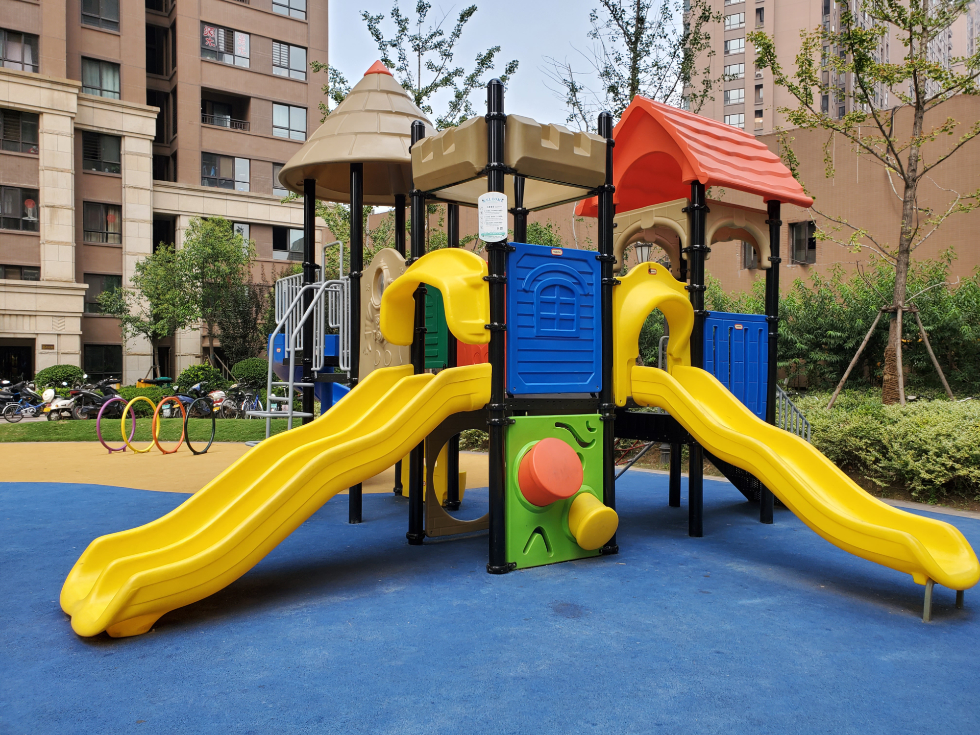 Affordable Commercial Playground Equipment With Fast delivery