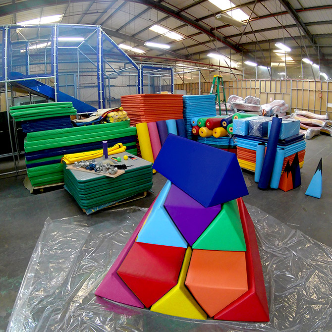 What should I pay attention to when building an indoor children's playground?